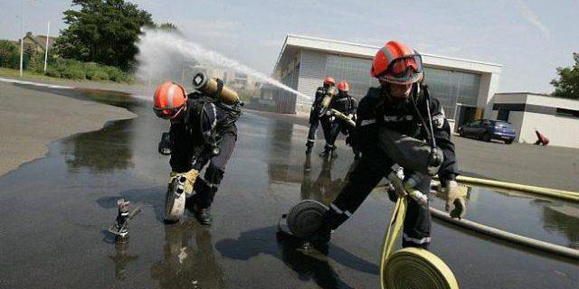 jeune sapeur-pompier